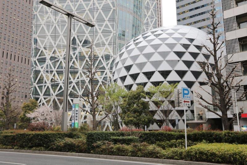 Altas torres de la subida en Shinjuku, Japón imagen de archivo libre de regalías