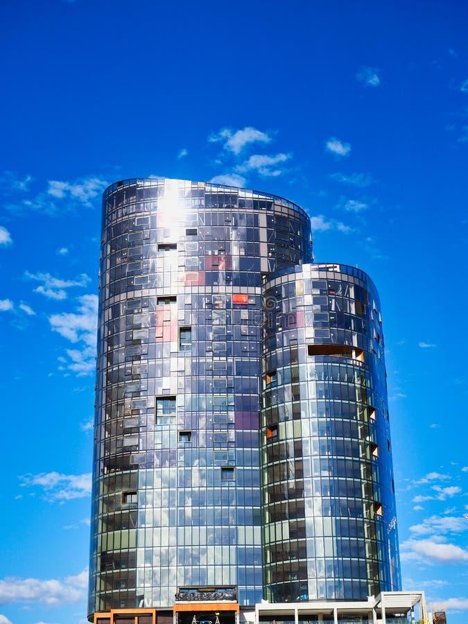 Altas torres del apartamento de la subida, Perth, Australia occidental fotografía de archivo libre de regalías