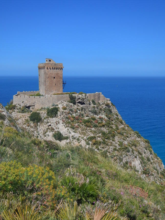 Free Altavilla Milicia - Glimpse Of Torre Normanna Royalty Free Stock Images - 41063299