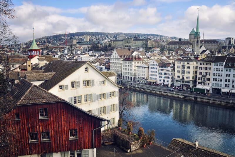 Altbauten im Stadtzentrum von Zürich stockfotografie
