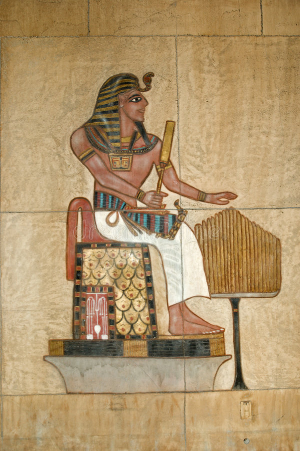 Alte ägyptische gemalte Entlastung lizenzfreies stockfoto