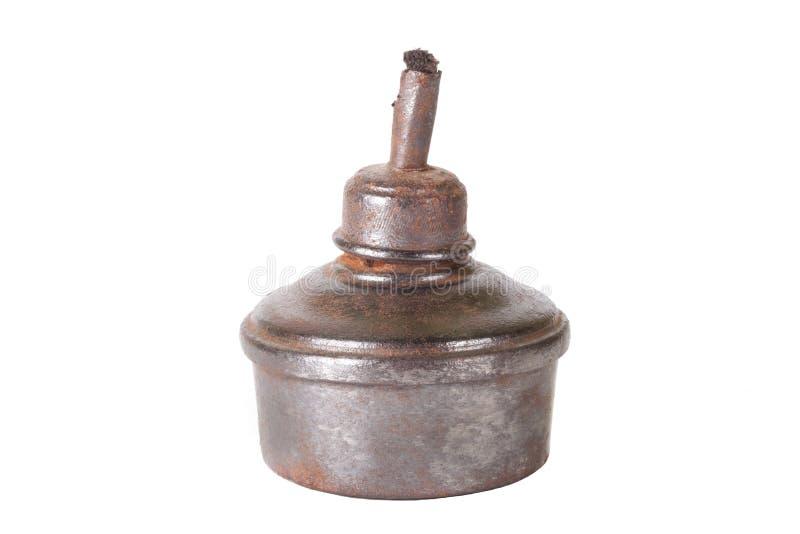 Alte Öllampe lokalisiert auf weißem Hintergrund lizenzfreie stockfotografie