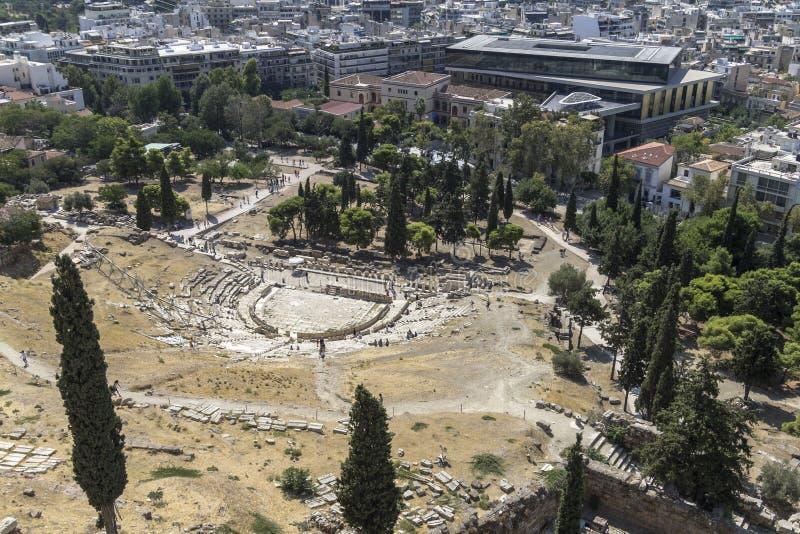 Alte Amphitheatreansicht vom Akropolishügel lizenzfreies stockfoto