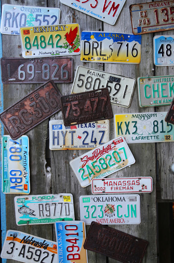 Alte Auto lisinse Platten lizenzfreies stockfoto