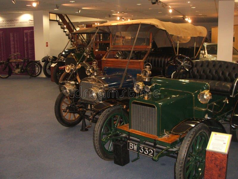Alte Autos Coventry-Transport Museaum lizenzfreie stockfotografie