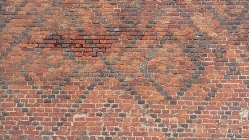 Download Alte Backsteinmauer stockbild. Bild von stark, mittelalterlich - 96926021