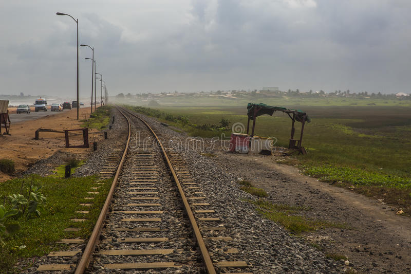 Alte Bahnstrecke in Ghana, West-Afrika lizenzfreie stockfotografie