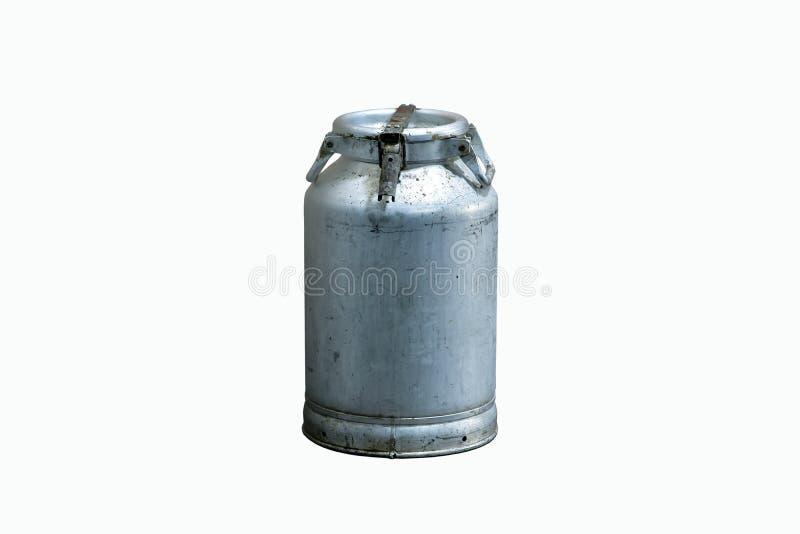 Alte benutzte mittlere Aluminiummilchdose, als Alternative zur Anwendung von Plastikbehältern stockbild