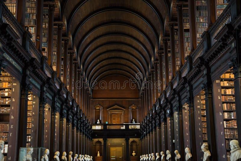 Alte Bibliothek des Dreiheits-Colleges, Dublin lizenzfreie stockfotografie