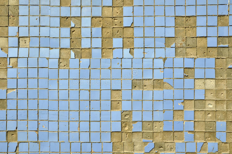 Alte blaue fliesen auf der wand stockfoto bild von pixel fliese 32112524 - Fliesen auf fliesen wand ...
