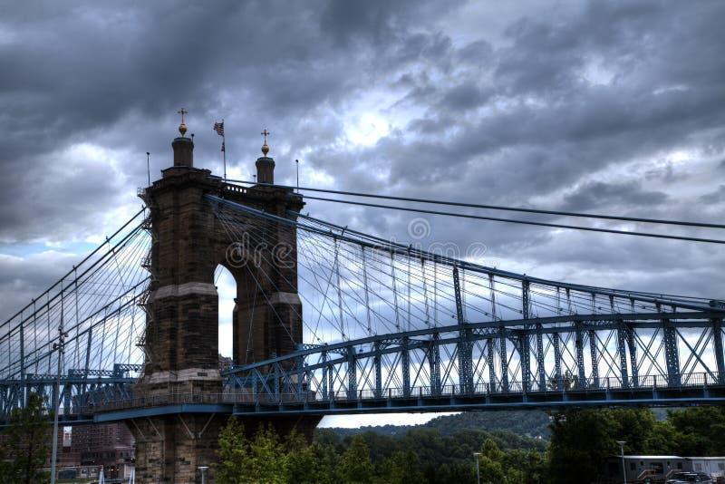 Alte Brücke in Cincinnati stockfotos