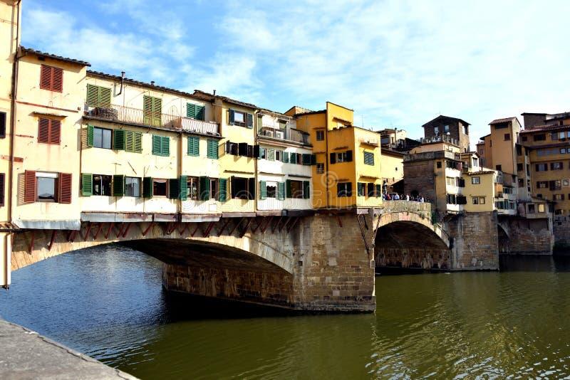 Alte Brücke in Florenz stockbilder