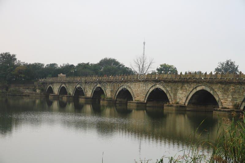 Alte Brücke von China stockbilder