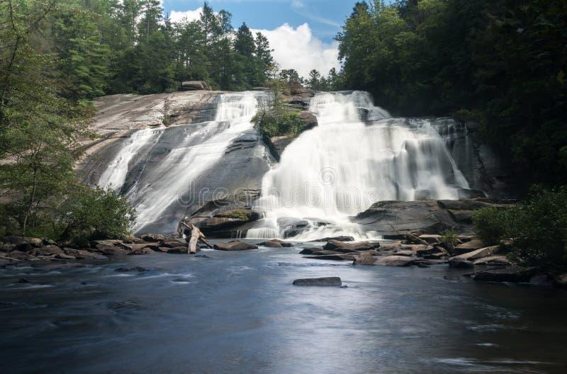 Alte cadute nello stato Forest North Carolina di Du Pont fotografia stock