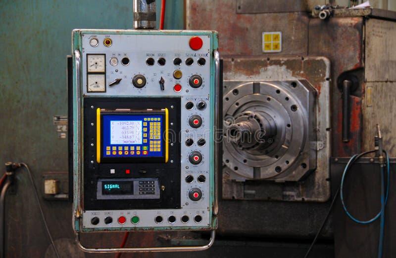 Alte CNC-Maschine lizenzfreies stockfoto