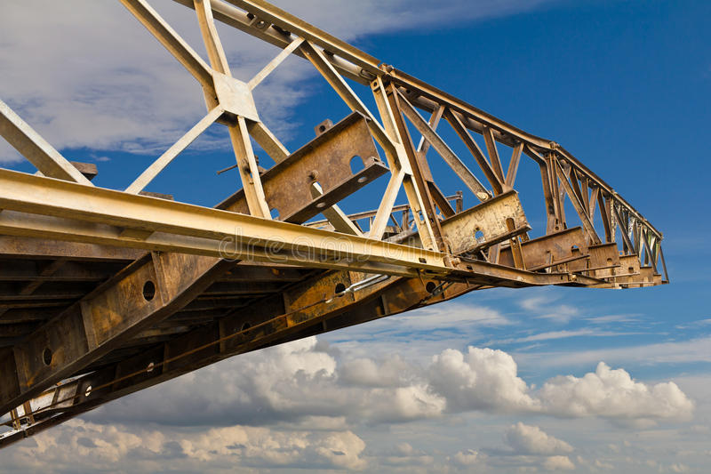 Alte Eisenbrücke lizenzfreie stockfotos