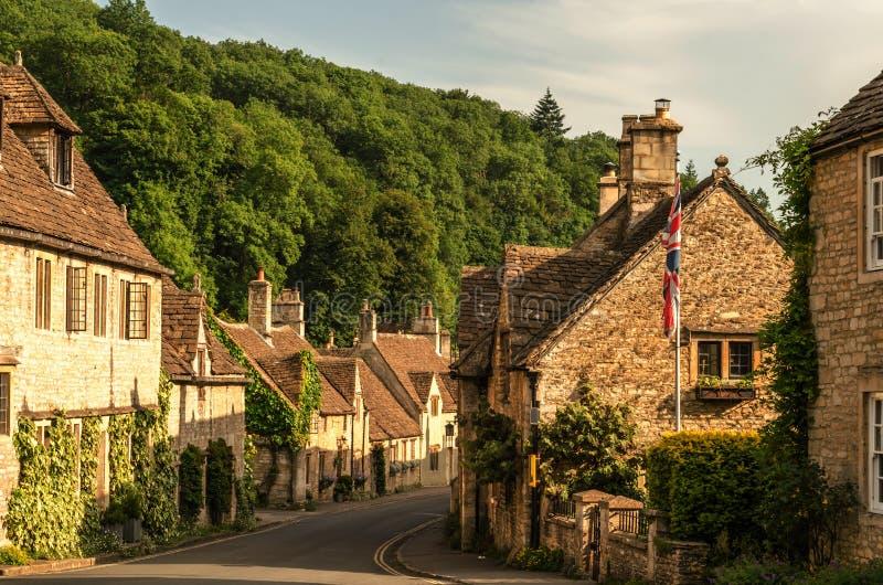 Alte englische Stadt und schöne historische Gebäude, alte Straße, h lizenzfreie stockbilder