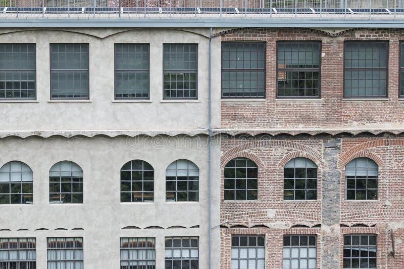 Alte Fabrik oder Lager Externalwand lizenzfreie stockfotos