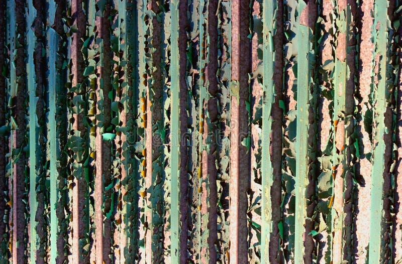 alte Farbe auf der Zaunbeschaffenheit stockbilder