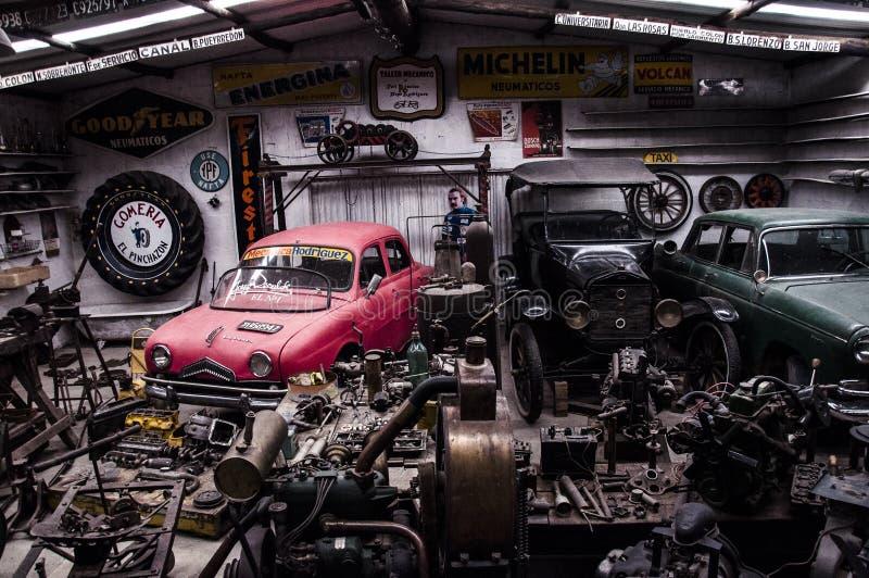 Alte Garage stockbilder