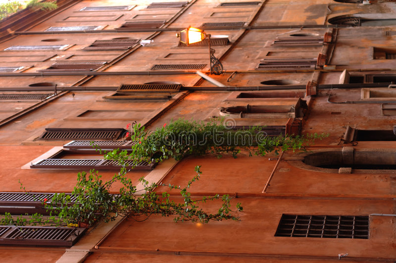 Alte Gebäude in Rom, Italien lizenzfreie stockfotografie