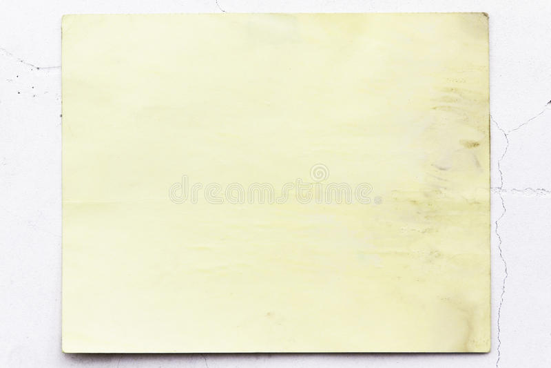 Download Alte Gelbe Tapete Auf Der Wand Stockbild   Bild Von Braun,  Schnitt: 27761777