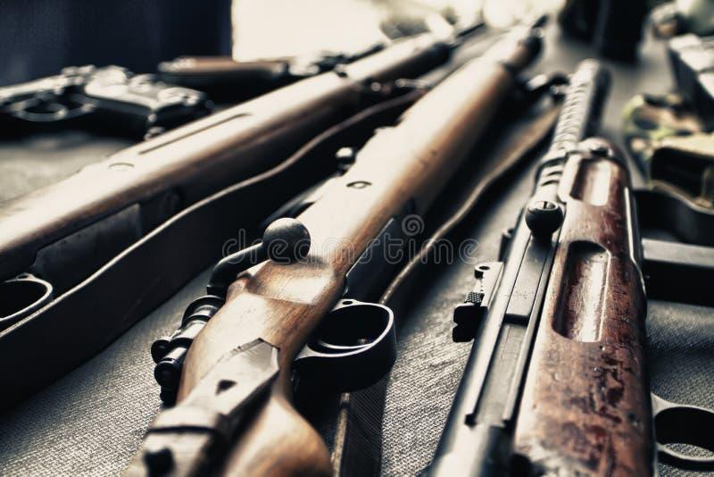 Alte Gewehren lizenzfreie stockbilder