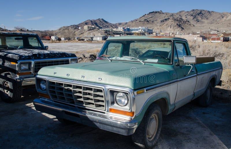 Alte Gewohnheit Fords F150 auf dem Bonneville-Salz-Ebenenparken lizenzfreies stockfoto