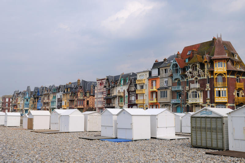 Alte Häuser Le Treport lizenzfreie stockfotografie