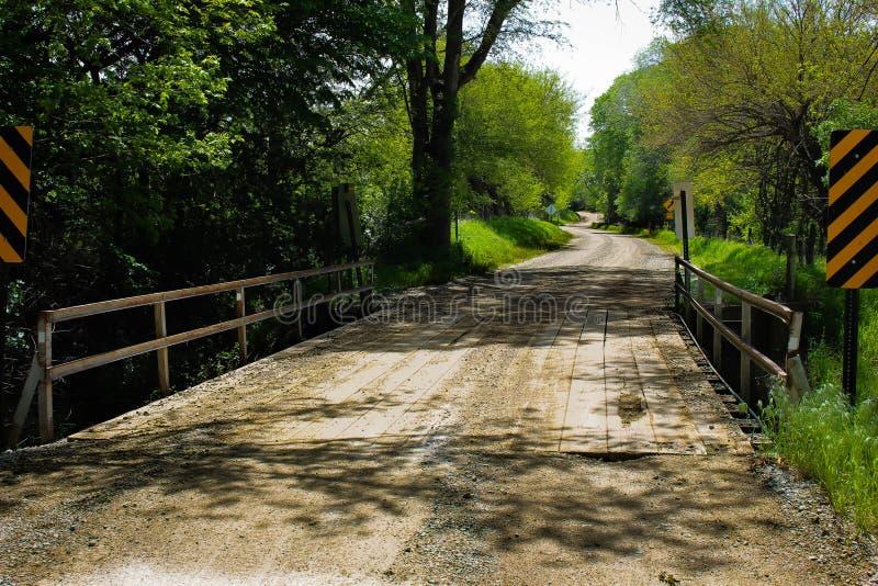 Alte hölzerne Brücke lizenzfreies stockfoto