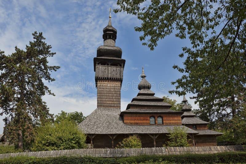 Alte hölzerne Kirche in Uzhgorod stockfotografie