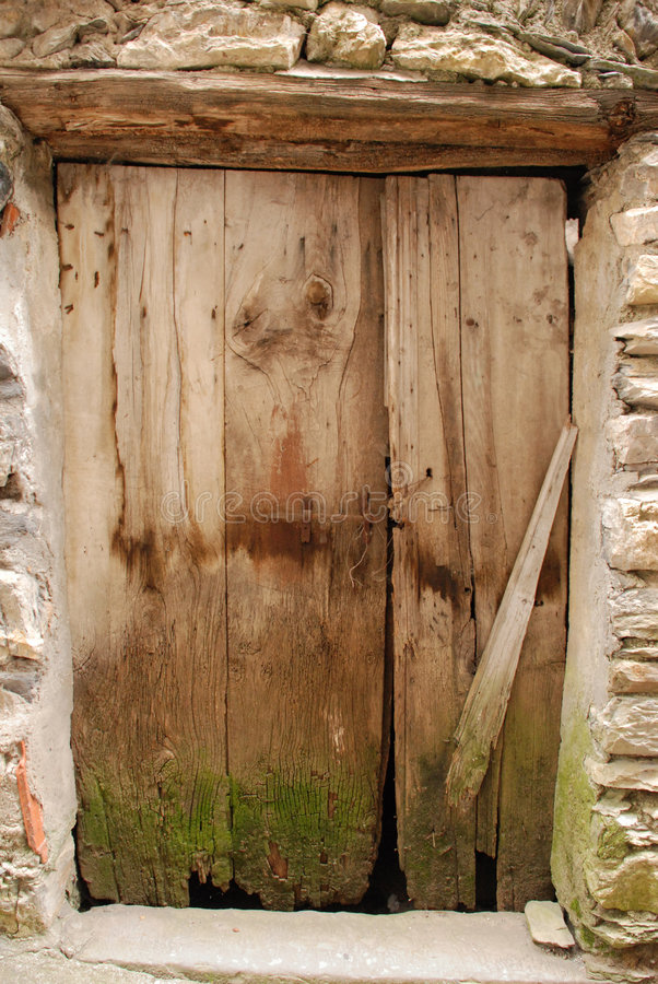 Alte hölzerne Tür 2 lizenzfreies stockbild