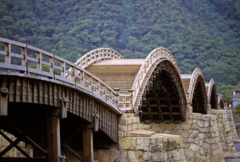 Alte japanische Brücke stockfotografie