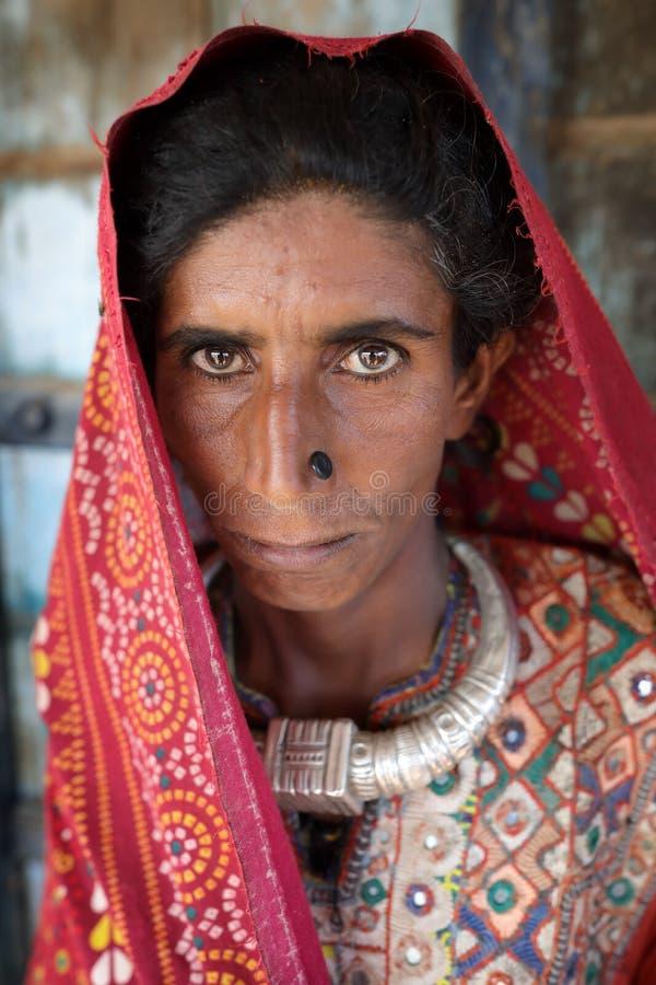 Alte Jatfrau im Bezirk von Kutch, Indien stockfoto