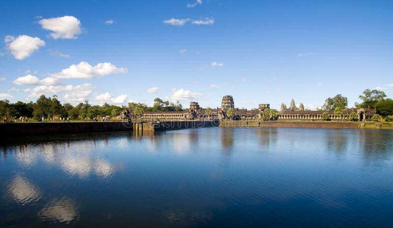 Alte kambodschanische Tempel-Ruine draußen lizenzfreie stockfotos