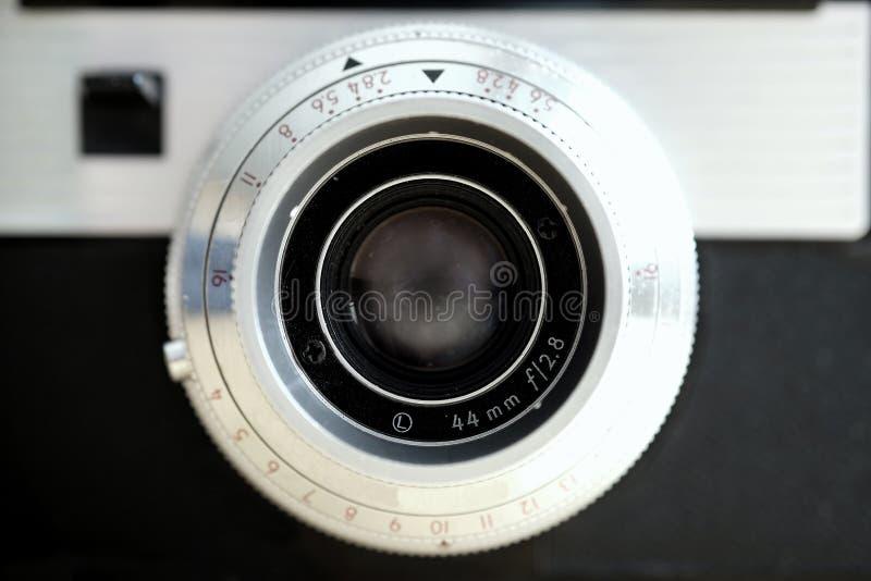 Alte Kamera-manuelle Linsen-Fotografie-Ausr?stung stockbild