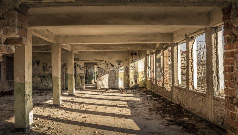 Alte Kasernen lizenzfreie stockfotografie