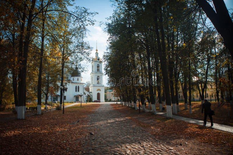 Alte Kirche im Kreml von Dmitrov lizenzfreies stockbild