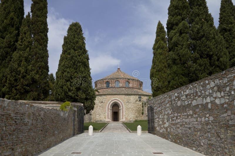 Alte Kirche in Umbrien, Italien stockfotos