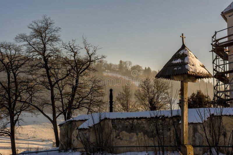 Alte Kirche wieder hergestellt stockbild