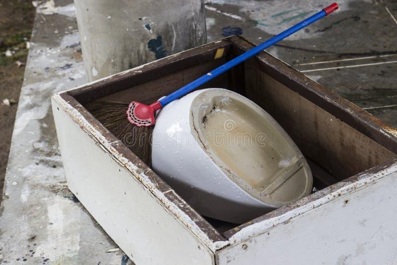 Alte Klempnerarbeitbefestigung lizenzfreies stockbild