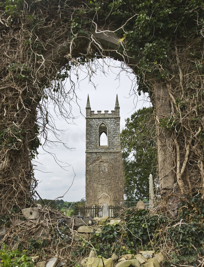 Alte landwirtschaftliche Kirche stockfotografie