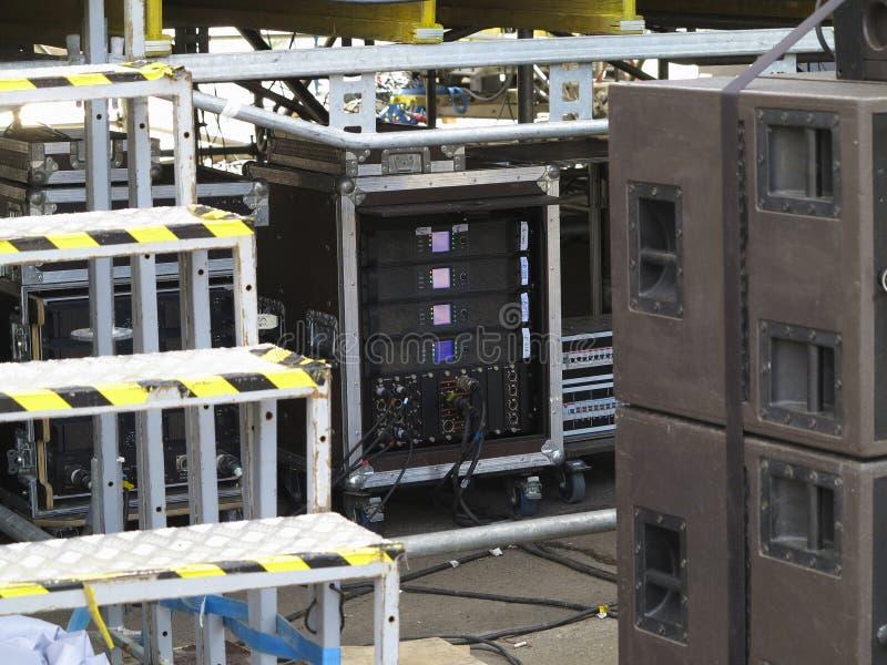 Alte leistungsfähige Konzertnf-verstärker-Verstärker, spe stockfotografie
