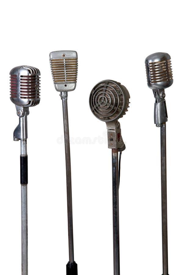 Alte Mikrofonansammlung lizenzfreie stockbilder