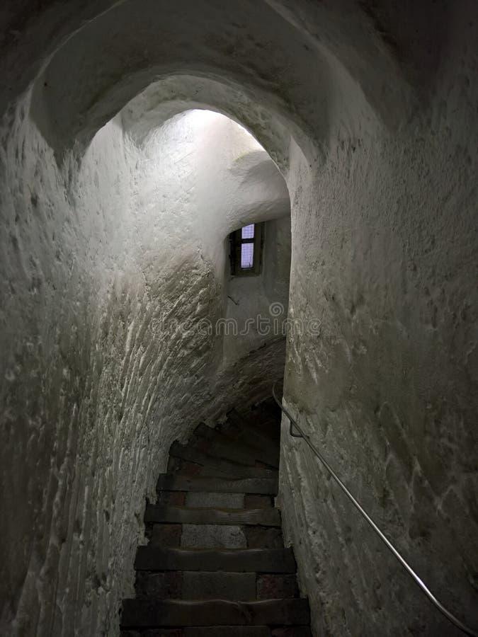 Alte mittelalterliche Treppe lizenzfreie stockbilder