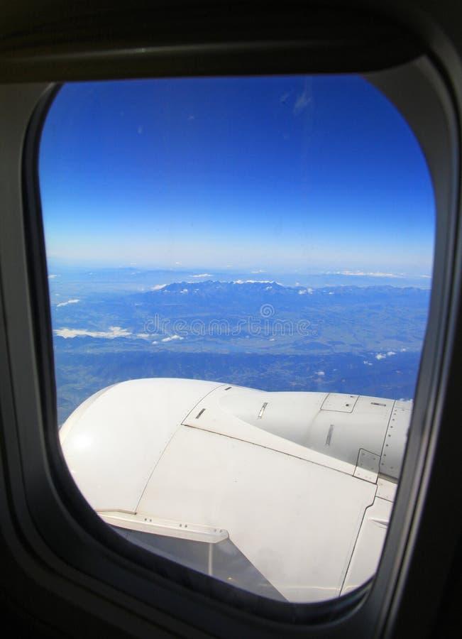 Alte montagne di Tatras dall'aeroplano, Slovacchia immagine stock libera da diritti