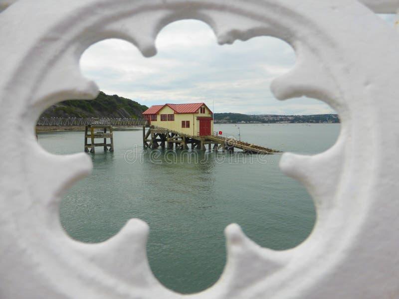 Alte Mumblesrettungsbootstation lizenzfreies stockbild