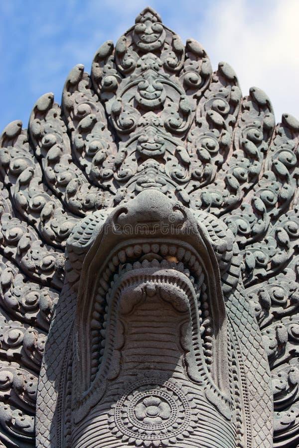 Alte Naga-Statue Siem Reap Kambodscha stockbilder