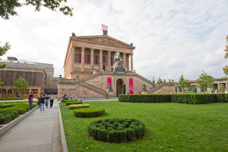 Alte Nationalgalerie на Museumsinsel в Берлин стоковая фотография rf