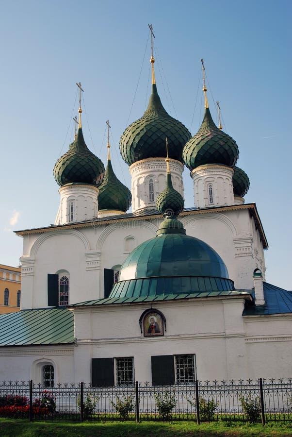 Alte orthodoxe Kirche im historischen Stadtzentrum von Yaroslavl, Russland lizenzfreies stockbild